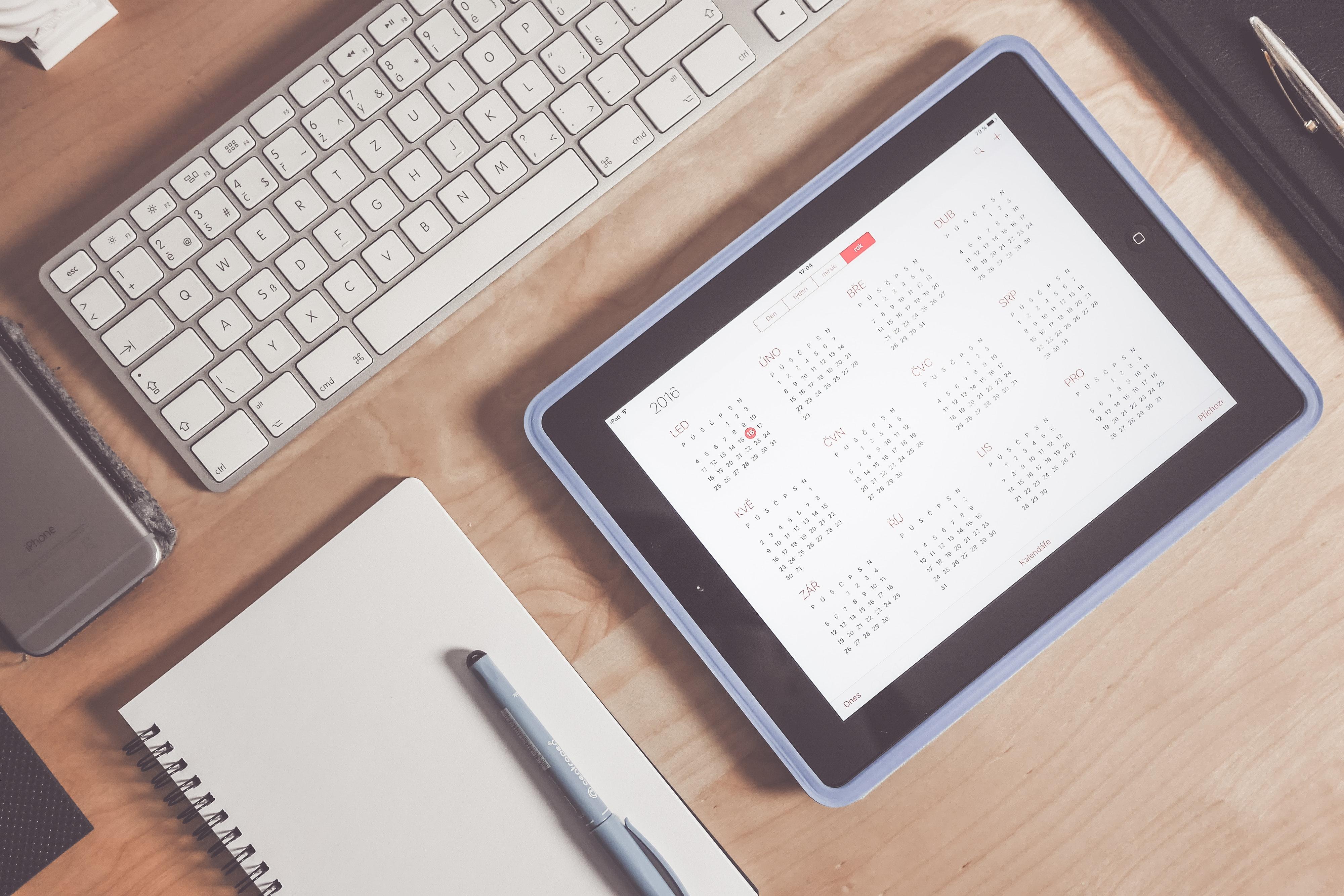 PGSTRONG 12 Week Calendar